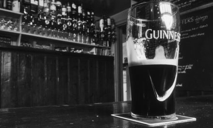Saiba porque beber cerveja preta faz bem para a saúde!