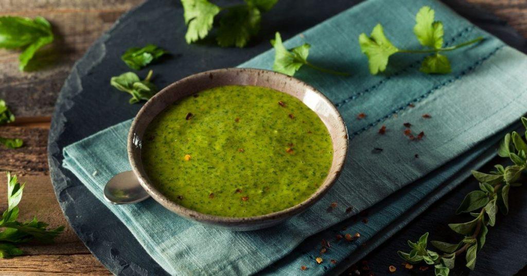 Molho para churrasco com ervas